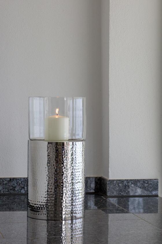 boden windlicht klein geh mmert h 49 cm im kerzen shop zu guenstigen preisen kaufen. Black Bedroom Furniture Sets. Home Design Ideas
